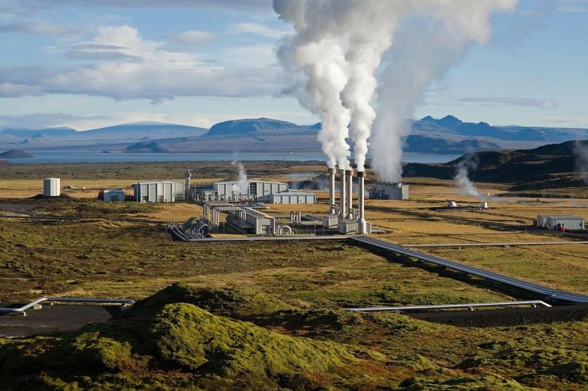 Geotermikus energiaellátó-központot adtak át Bőnyben