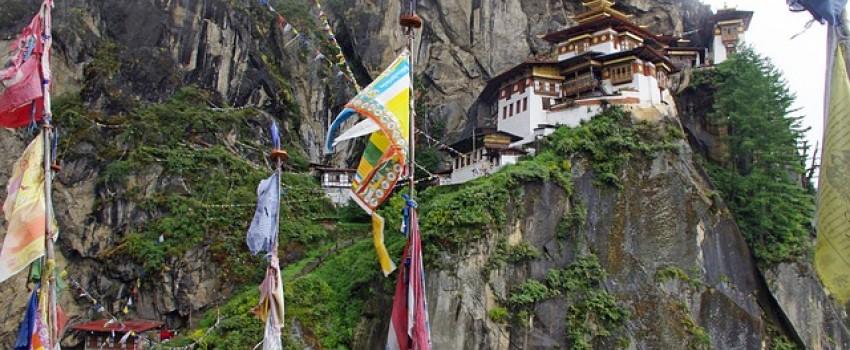 """Párizsi klímacsúcs: Bhután érkezett a """"legnagyratörőbb vállalásokkal"""" a francia fővárosba"""