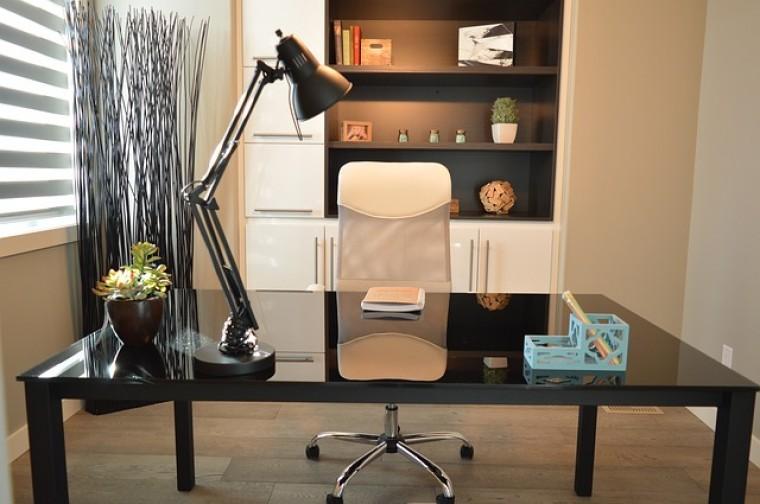 Öt tipp arra, hogyan dolgozz otthonról anélkül, hogy megőrülj