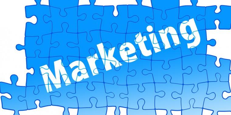 Marketing és értékesítés.